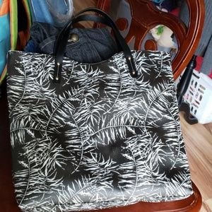 Neiman marcus tote new no tags